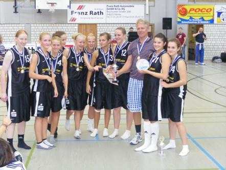 Das WNBL-Team der Saison 2010/11 nach ihrem Sieg bei Brinker-Cup in Herne